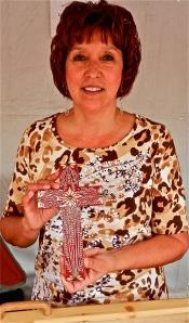 Encrusted Straw Artist Lorrie Aguilar-Sjoberg